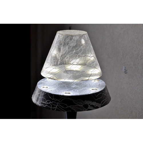 lampe fashion anti-gravité