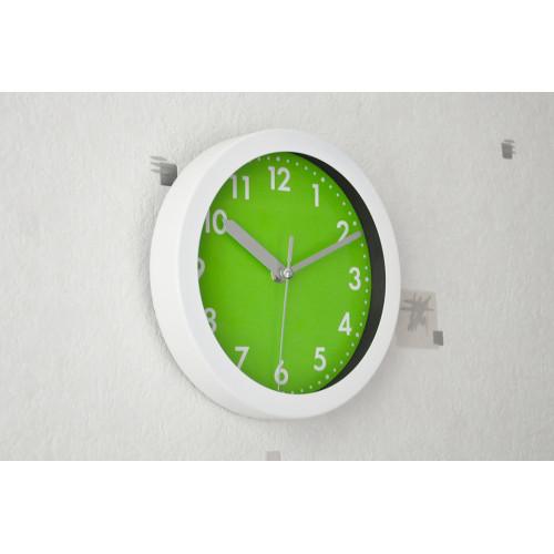 pendule couleur blanc et vert